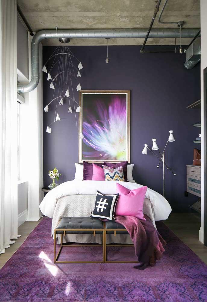 E que tal levar o tom de púrpura para dentro do quadro também?