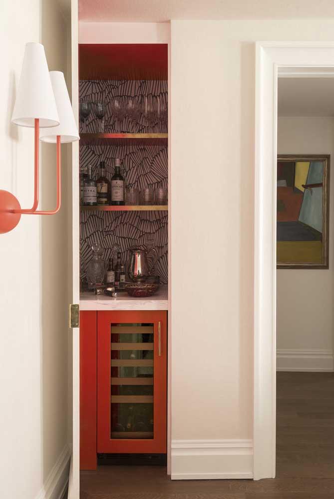 Mini bar para sala de estar embutido na parede