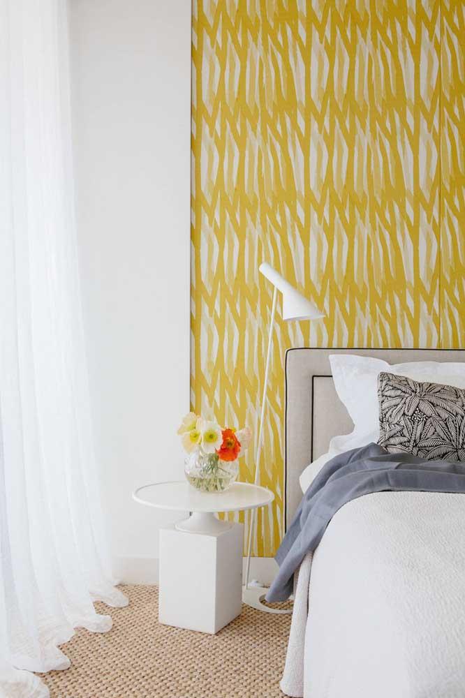 As cores também podem estar presentes na estampa do papel de parede