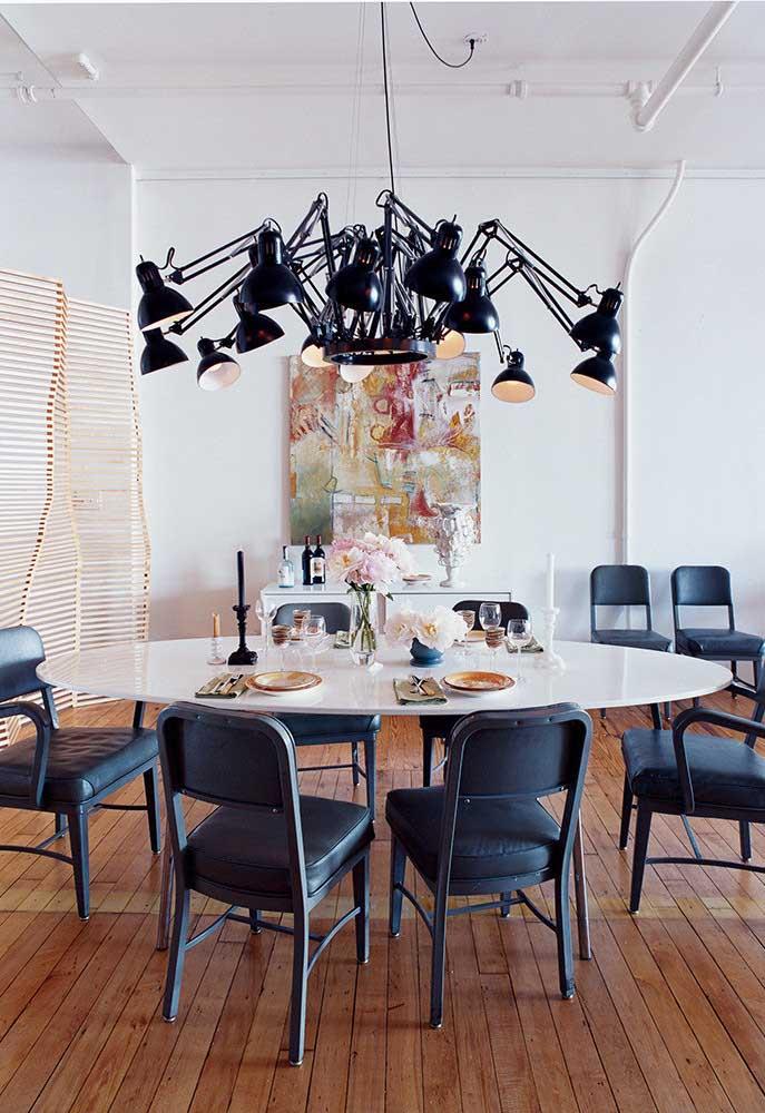 Luminária redonda para a mesa... redonda
