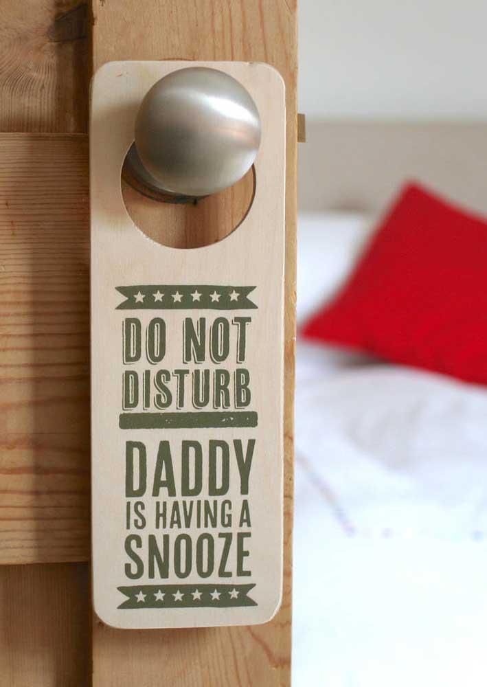 E que tal deixar seu pai tirar uma merecida soneca no dia dele?