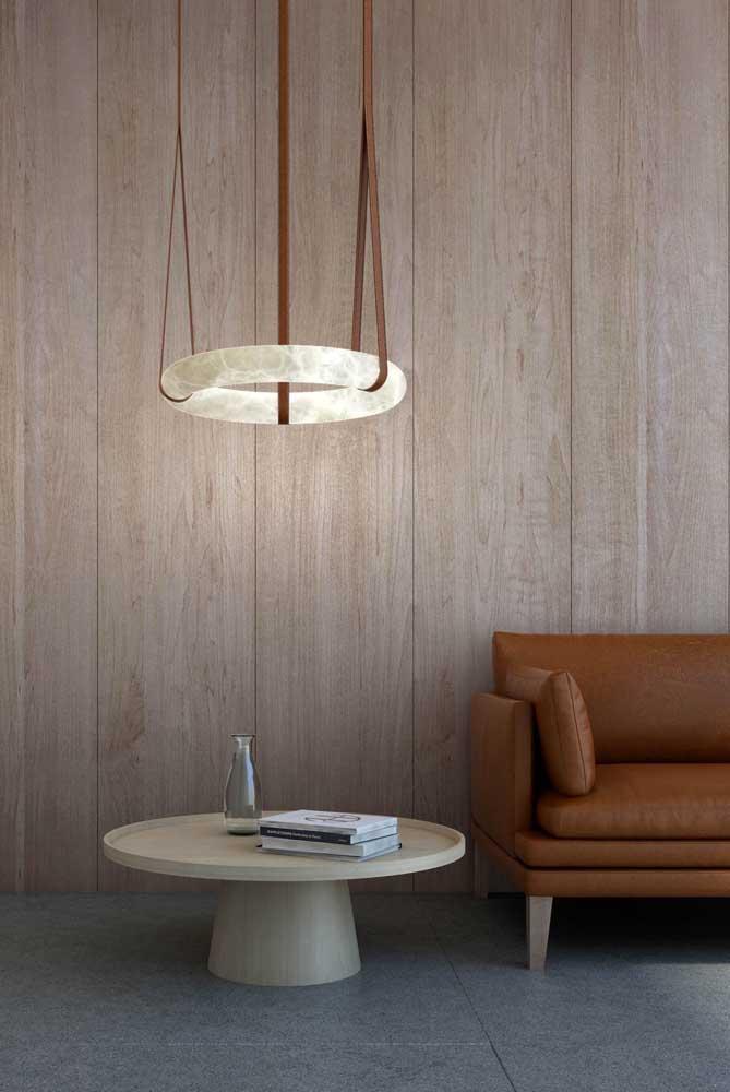 Aposte em formas ousadas e criativas para a luminária