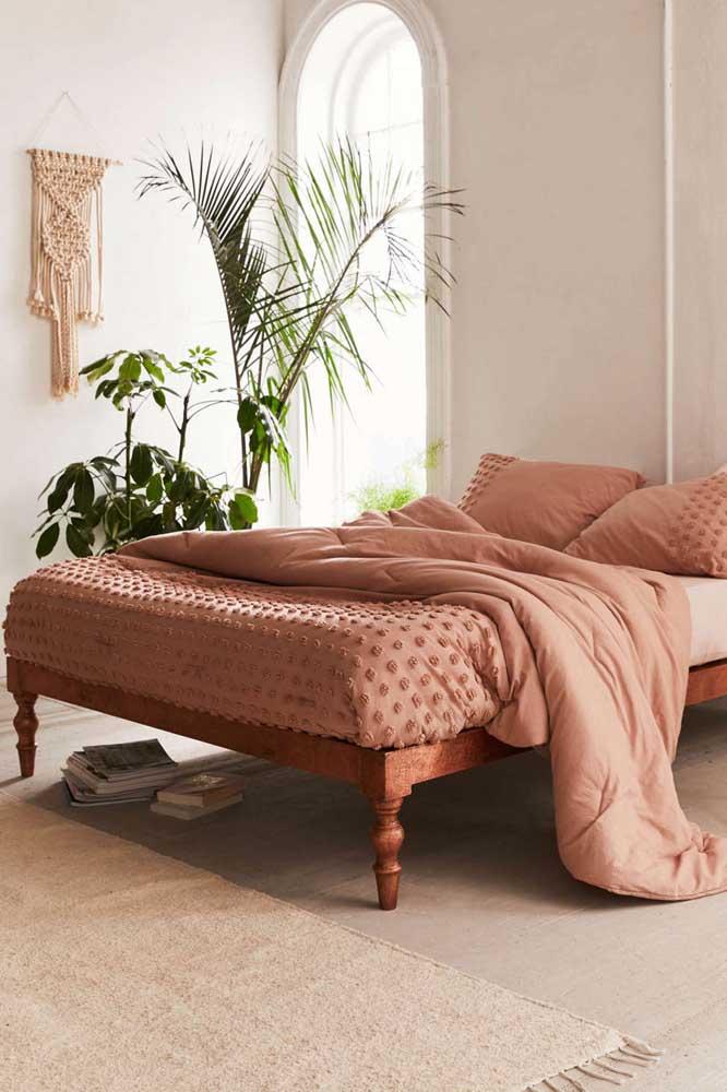 Palmeira ráfia na decoração do quarto de estilo boho