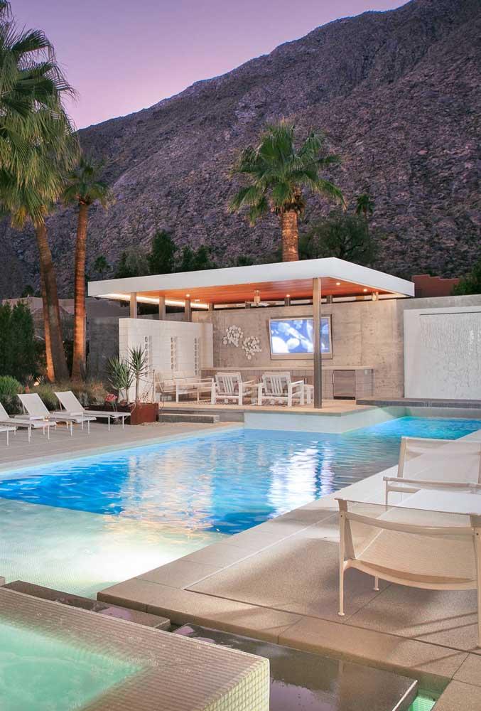 Área de lazer com piscina e edícula: conforto, funcionalidade e uma beleza de tirar o fôlego