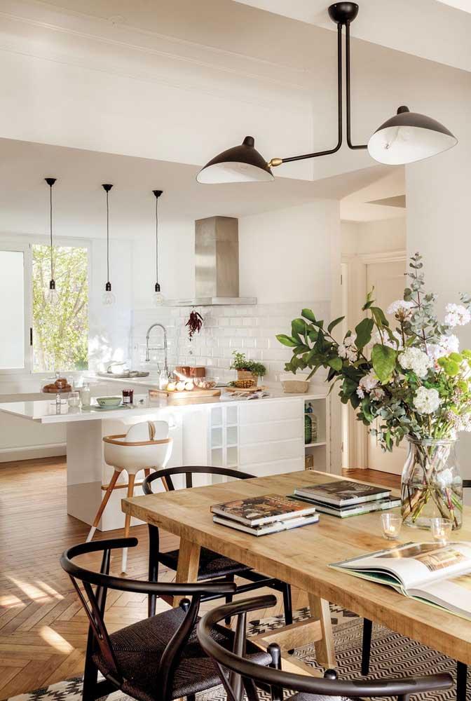 Detalhes que fazem a diferença na decoração da cozinha com sala de jantar