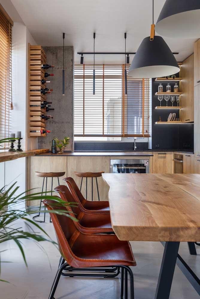 Cozinha americana com sala de jantar rústica e moderna