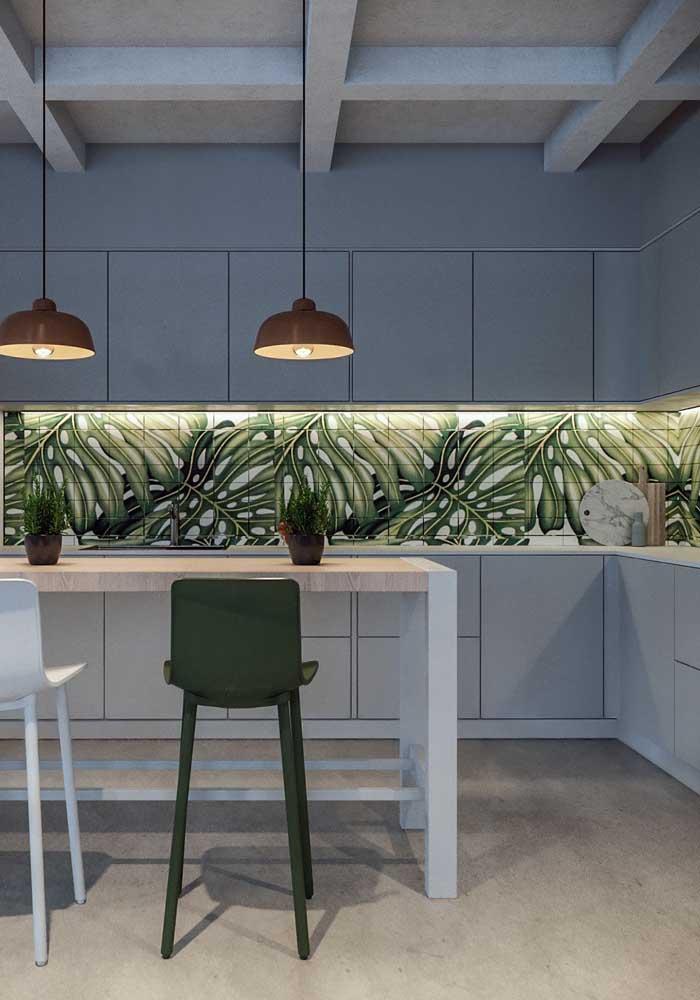 Piso vinilico cinza para uma cozinha moderna