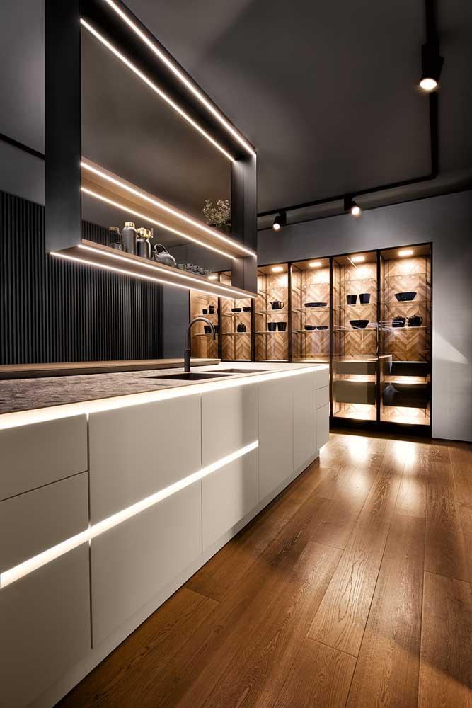 Piso de madeira para trazer um visual aconchegante e sofisticado para cozinha