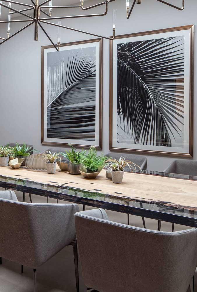 Fotografias são sempre bem vindas em salas de jantar modernas