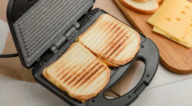 Como limpar sanduicheira e aumentar a vida útil do seu aparelho