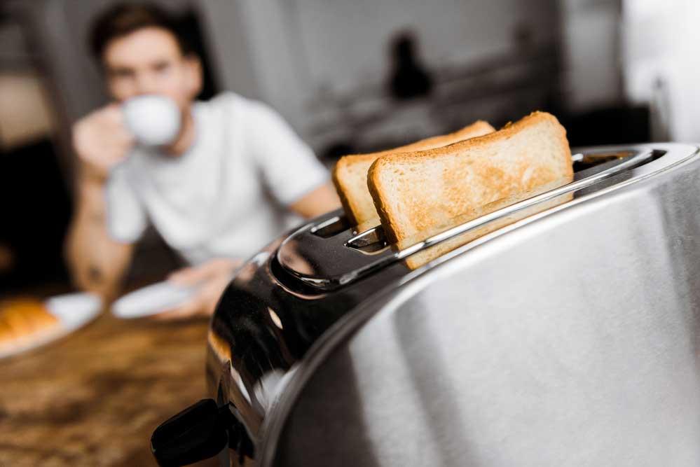 Como limpar torradeira