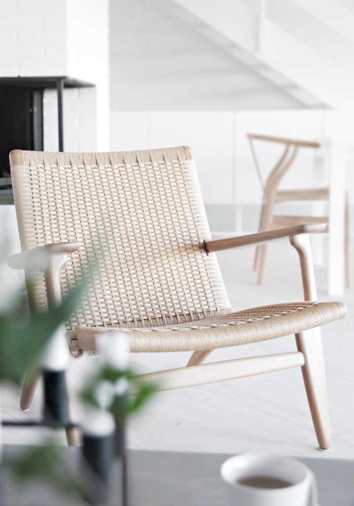 Poltrona decorativa de fibra natural: simples e rústica
