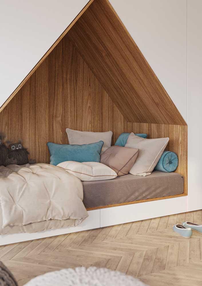 Uma cama dentro do nicho