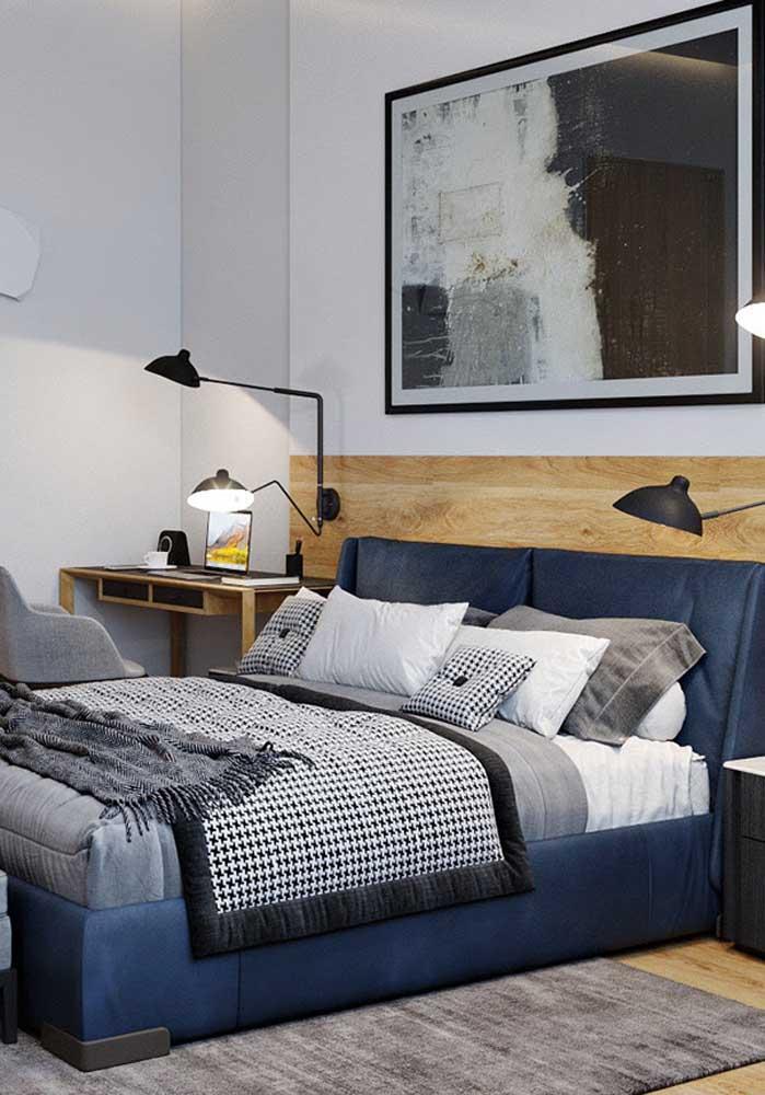 Azul, cinza e preto para garantir um toque moderno à decoração do quarto de casal