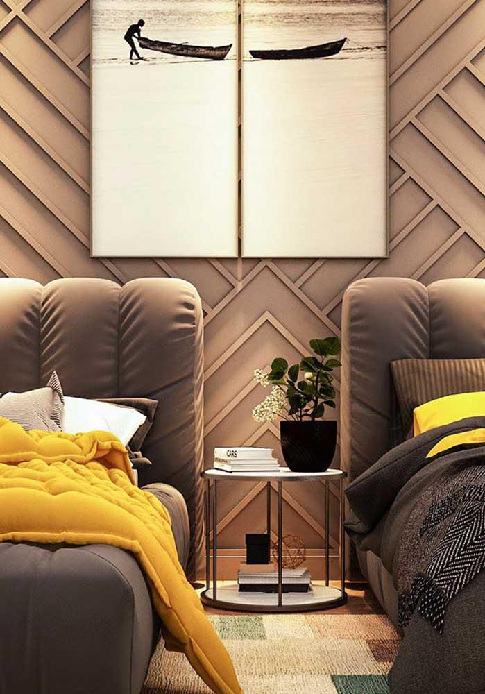 Decoração de quarto de solteiro compartilhado. Aqui, o destaque vai para as texturas