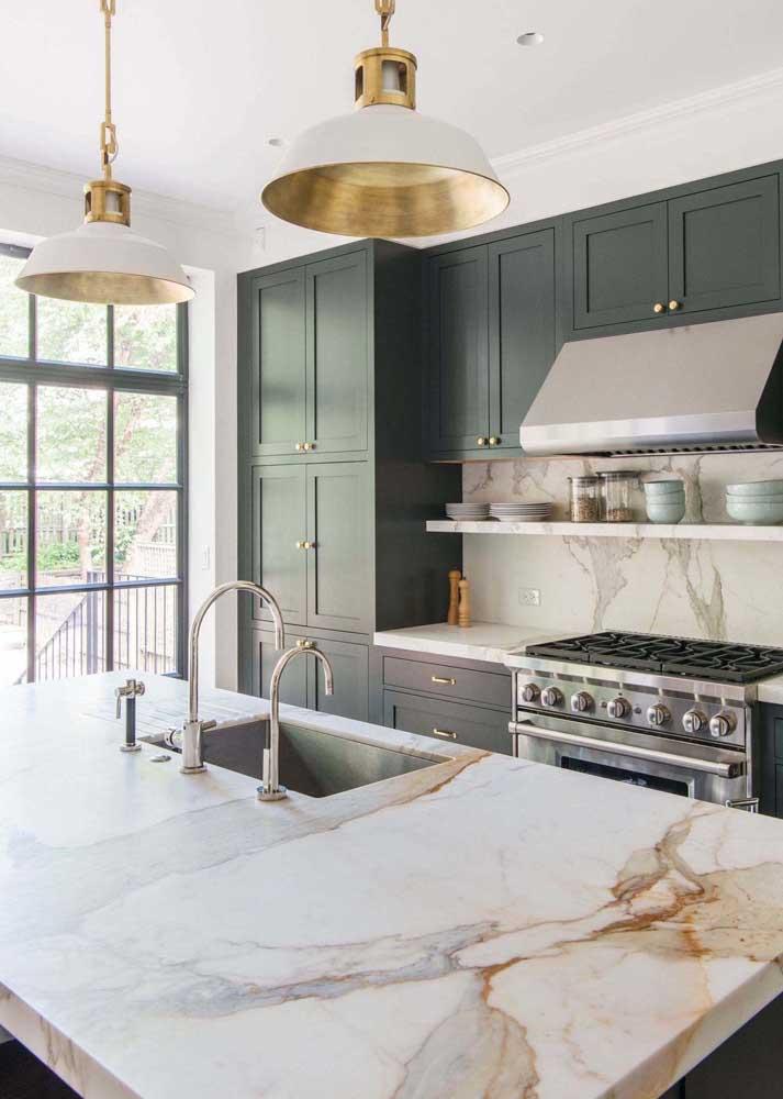 Bancada de cozinha em mármore calaccata oro
