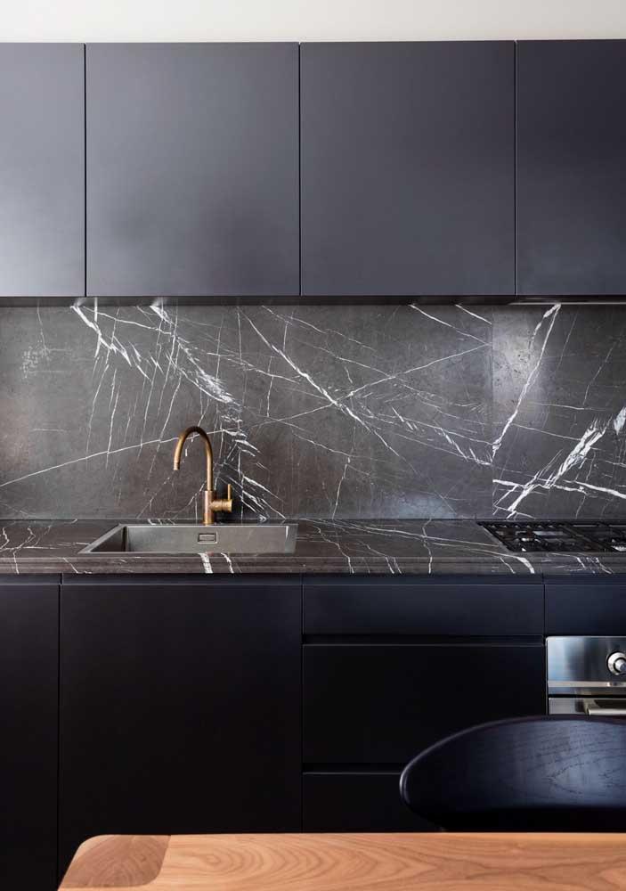 Mármore nero para a cozinha moderna