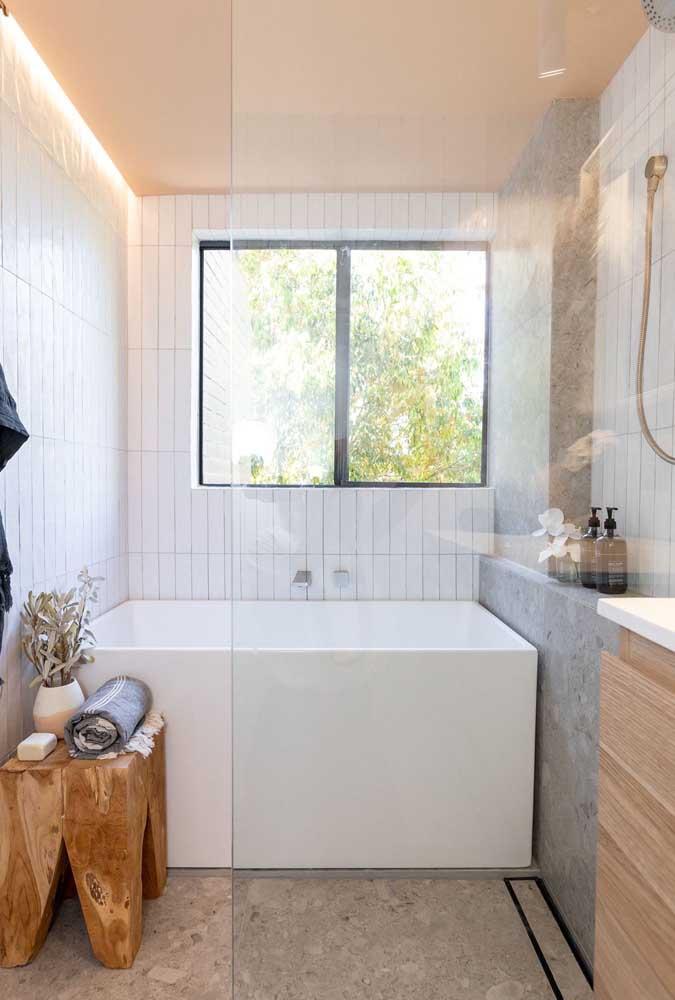 Banheira quadrada para quem tem um pouco mais de espaço sobrando