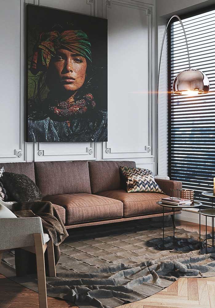 Sala decorada com quadros: expresse sua personalidade