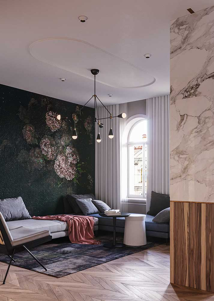 Um luxo esse papel de parede floral!