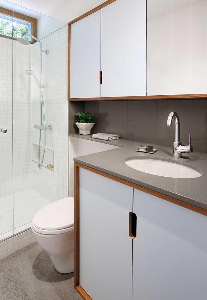 Armário para banheiro feito sob medida