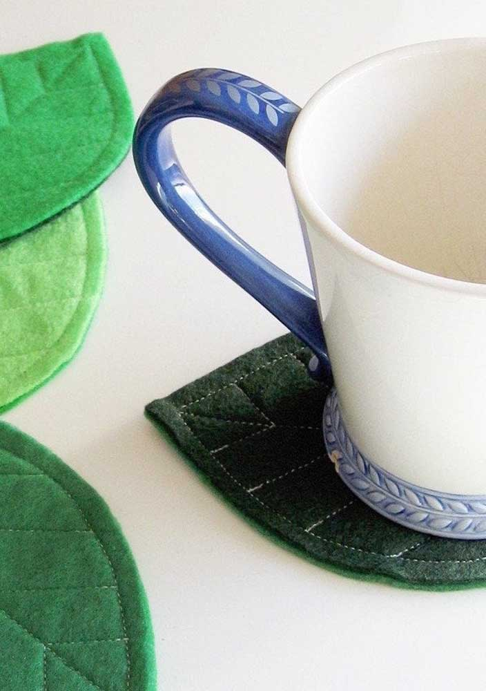 Porta xícaras e copos feitos de feltro