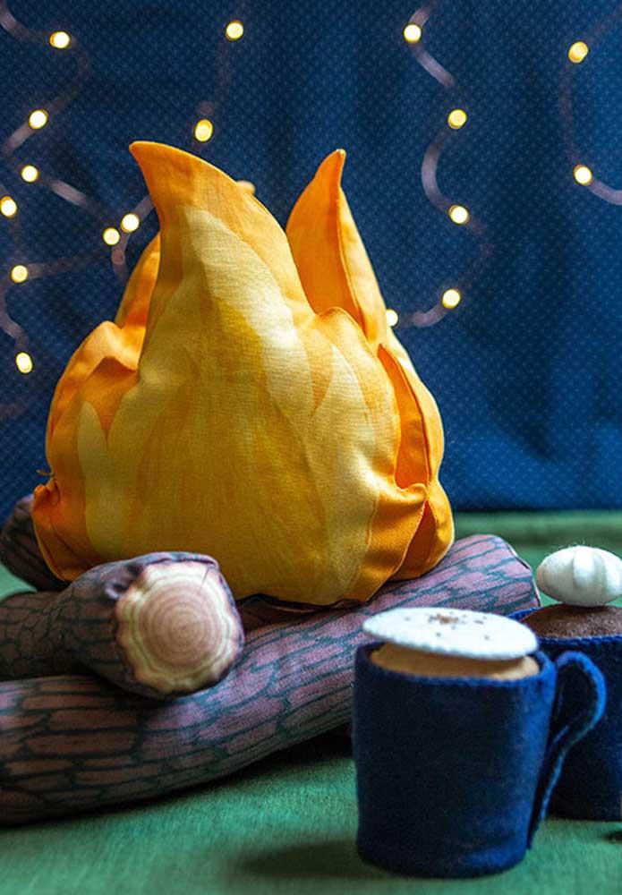 Decoração de festa junina feita em tecido