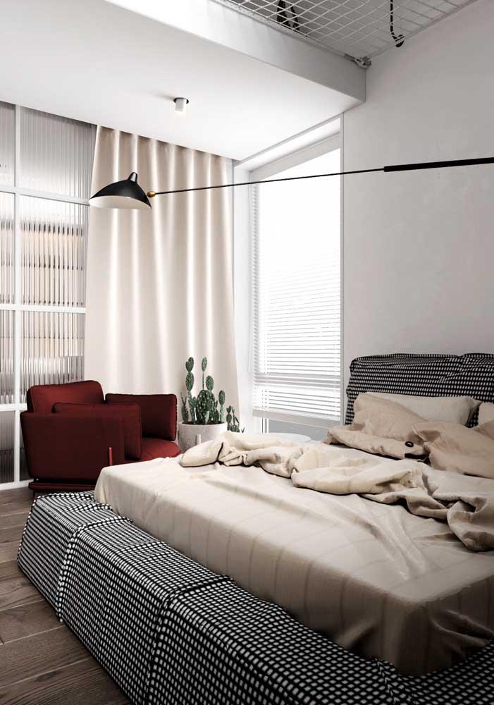 No cortineiro, a cortina para o quarto de casal ganha ares de elegância