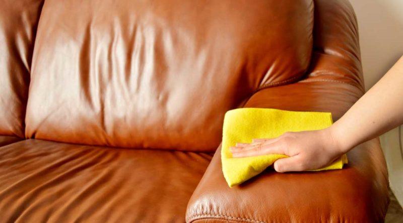 Como limpar couro: veja o passo a passo e dicas essenciais para limpeza