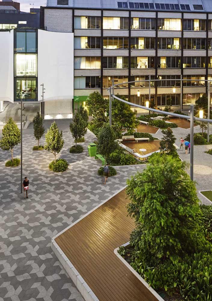 Condomínios e áreas de grande movimentação são perfeitas para o piso intertravado