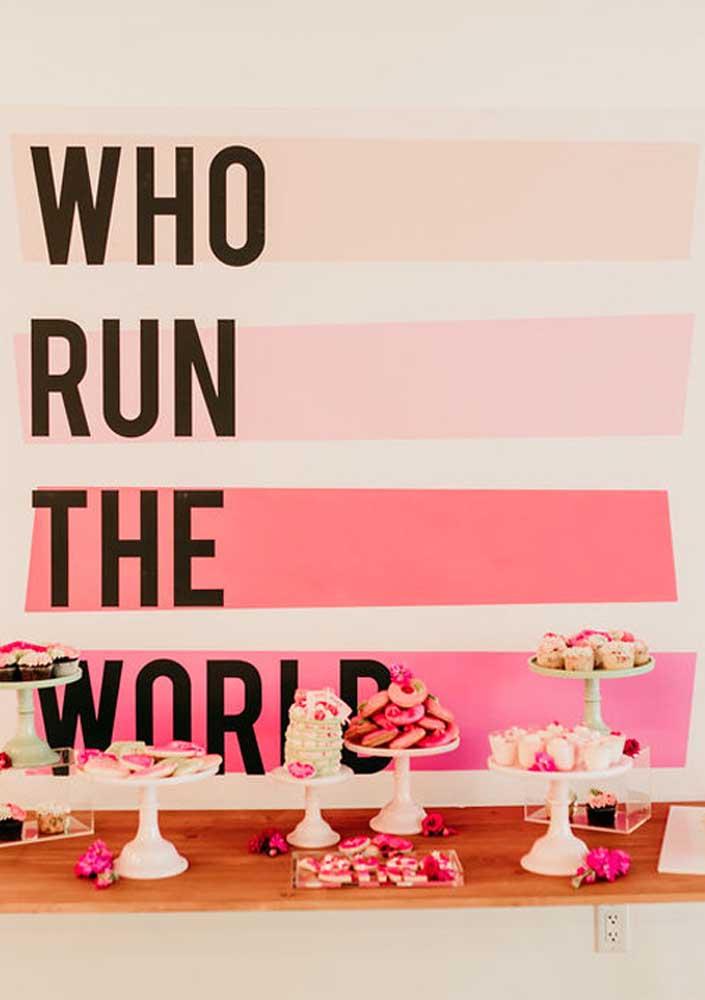 Painel de festa infantil Girl Power, cor de rosa sim, mas sem mimimi