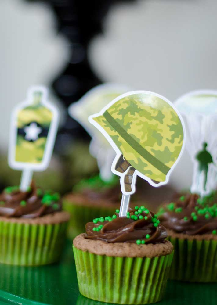 Cupcakes para os mini soldados