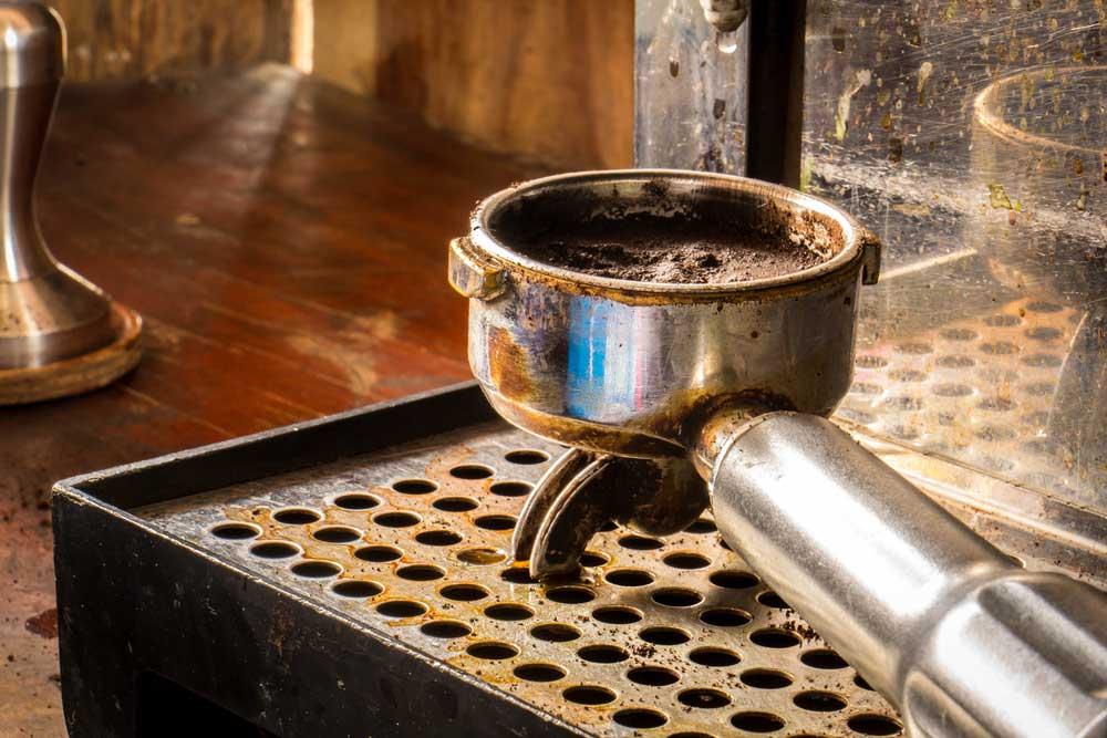 Mata formigas borra de cafe