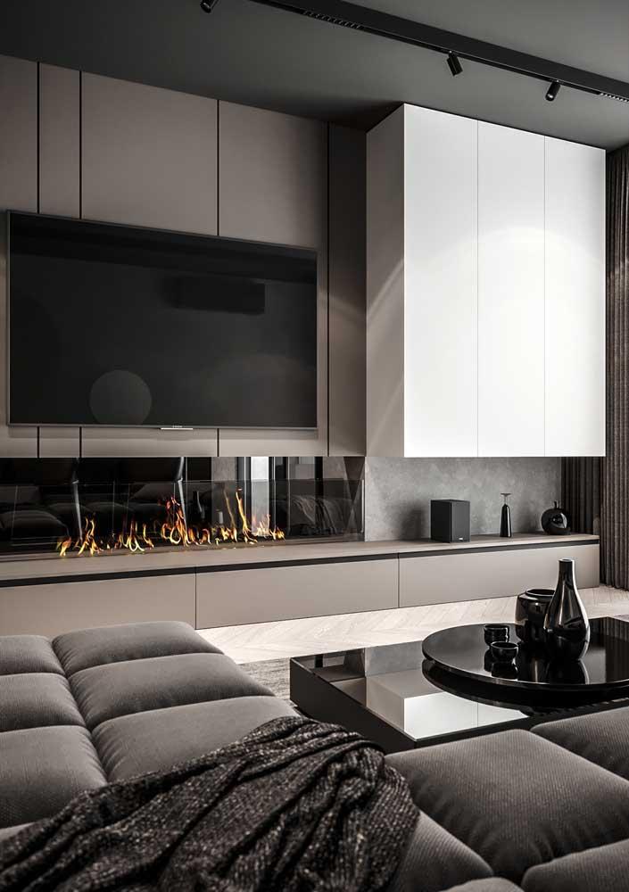Cinza para seguir a paleta de cores da parede e do restante da decoração