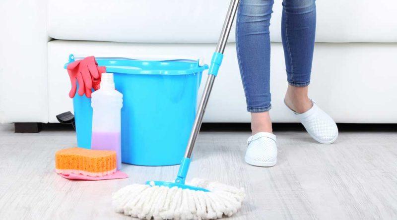 Como limpar piso: confira dicas úteis para você seguir agora
