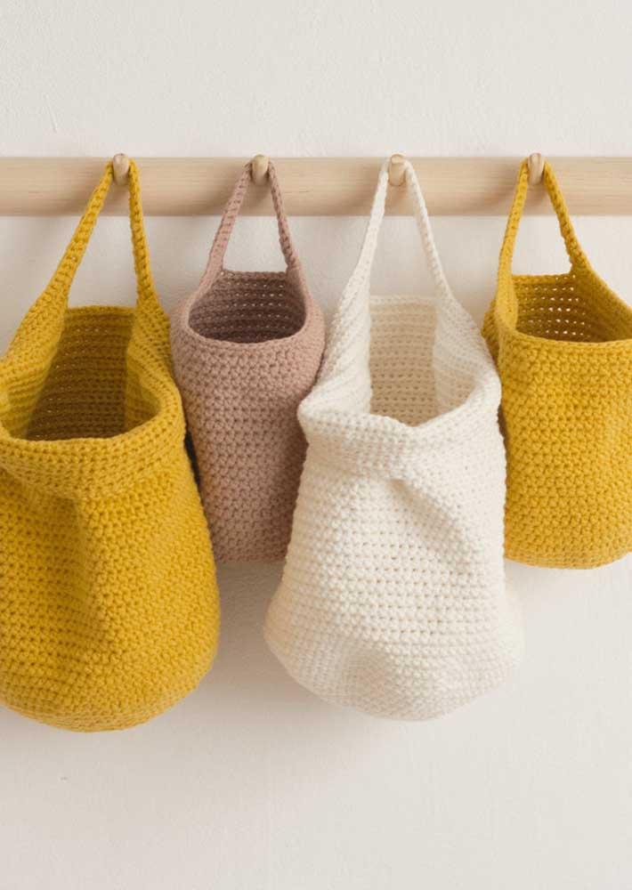 Bolsas ou cestos de crochê: peças práticas para usar no dia a dia