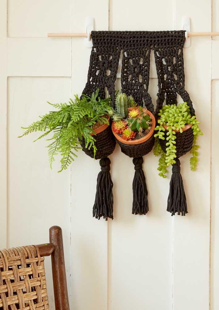 Suporte de plantas em crochê