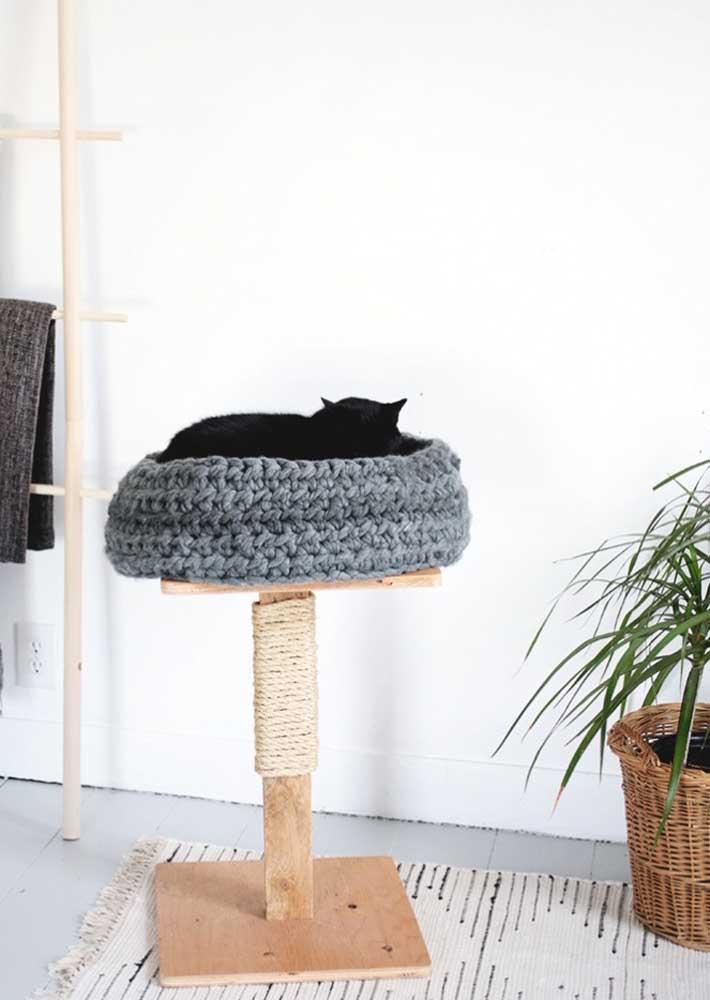 Um cantinho quentinho de crochê para o seu gato fazer o que ele mais gosta: dormir