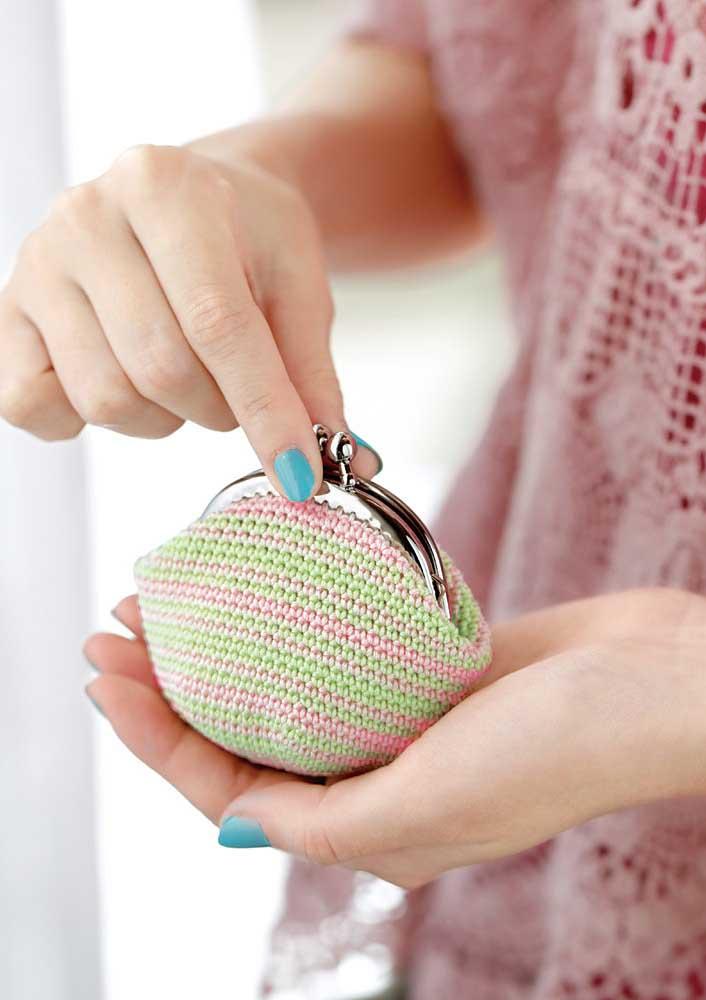 Bolsinha de moeda em crochê: peça básica e essencial no dia a dia