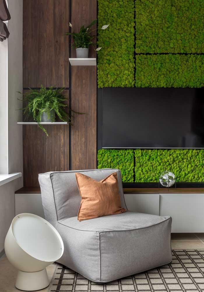 E podem ser complementados com plantas e painéis verdes