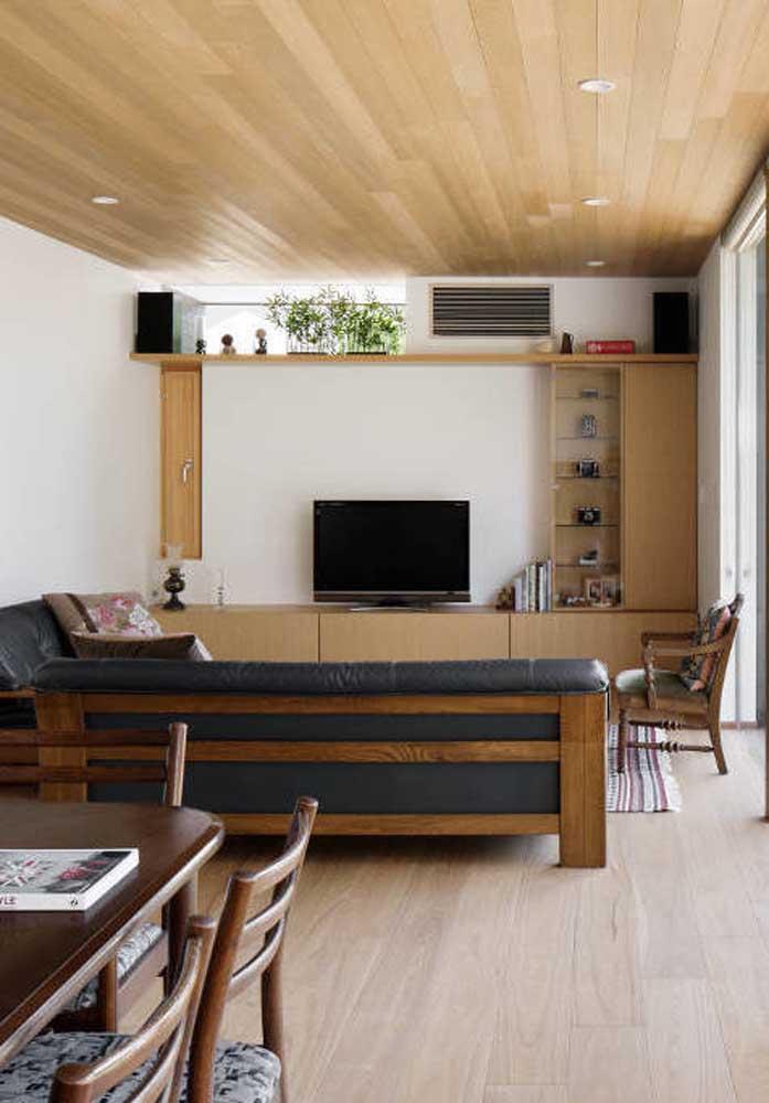 Invista na madeira para criar uma decoração aconchegante