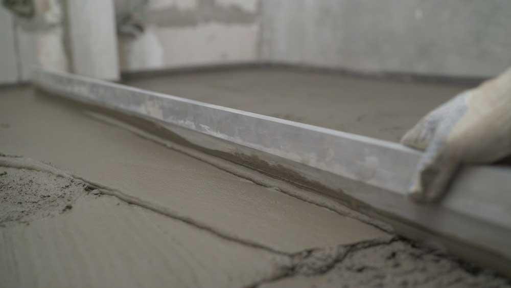 Materiais indispensáveis para assentar qualquer tipo de porcelanato
