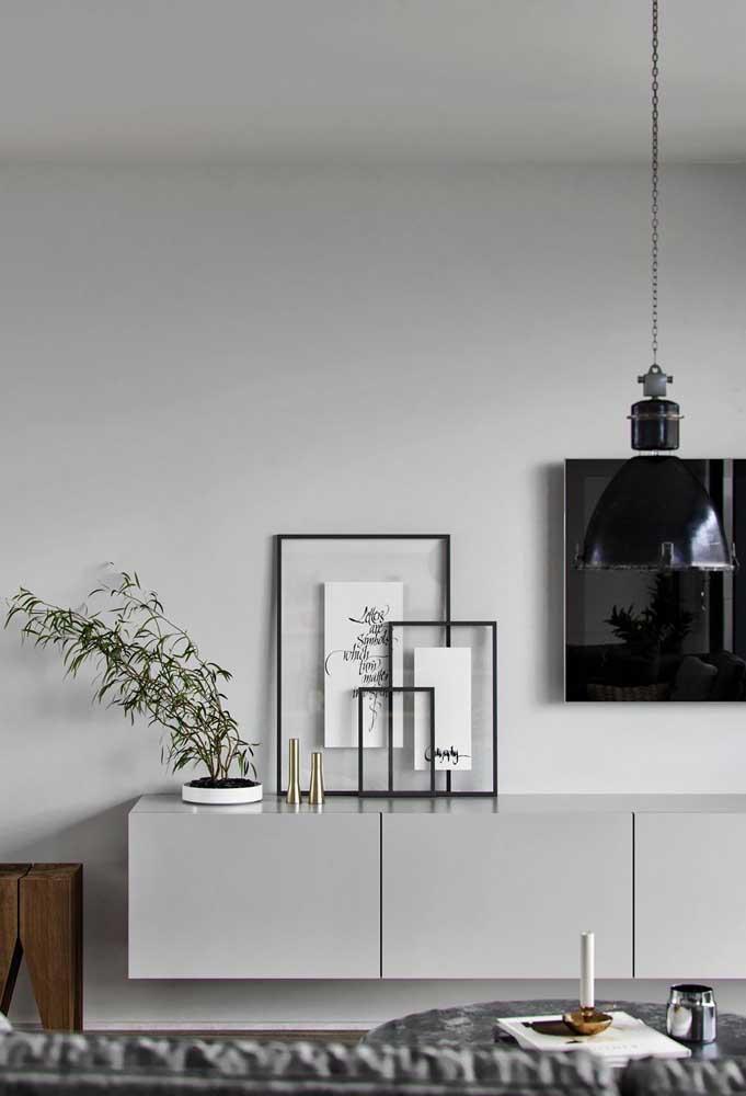 Para o quadro Tumblr ficar ainda mais minimalista aposte no uso de vidros, mas sem o fundo