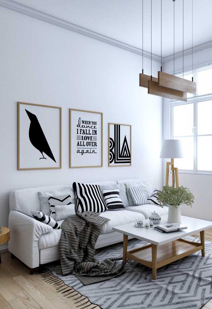 Trio de quadros Tumblr para sala que parecem terem sidos feitos para ela
