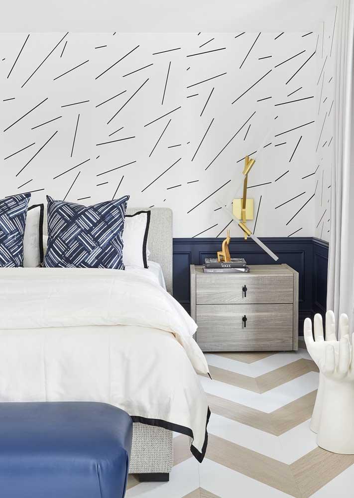 Decoração de quarto de casal em tons de azul e branco: relaxante e tranquilo