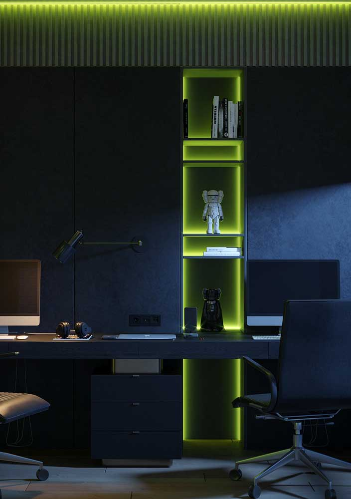 Já para uma decoração moderna e jovial vale a pena apostar em luzes coloridas