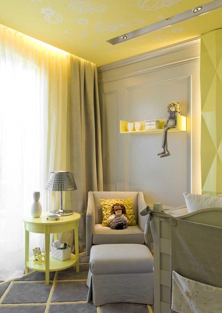 Um quarto quente e acolhedor para o bebê