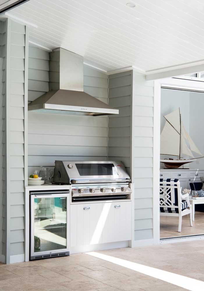 Um espaço pequeno pode se transformar em uma área de churrasco completa