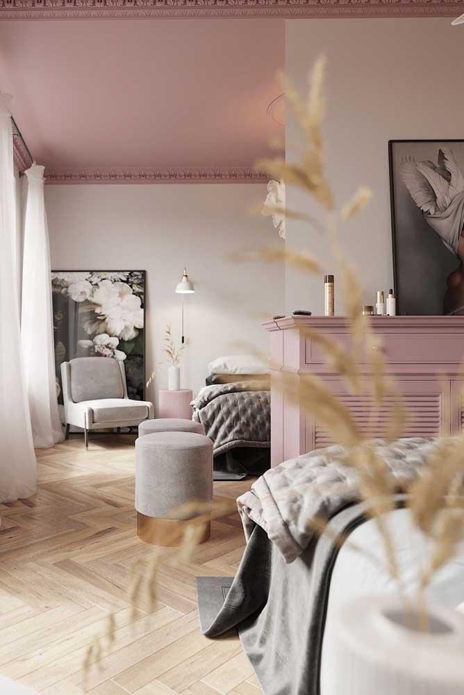 Ou se preferir, um teto cor de rosa