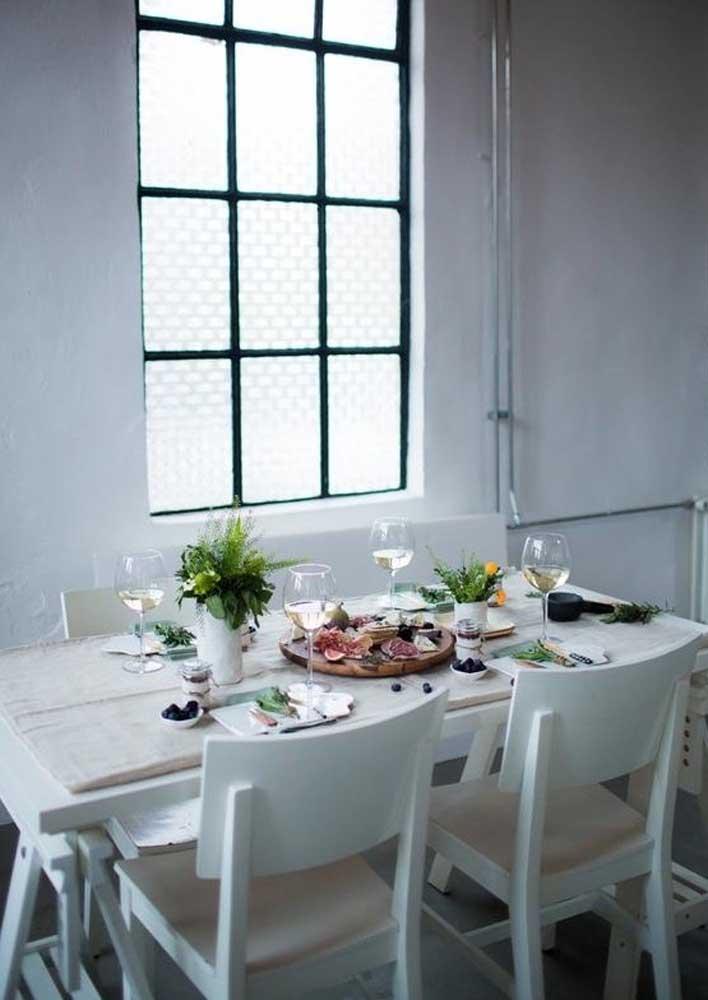 A noite de queijos e vinhos transforma qualquer reunião simples em um evento maravilhoso